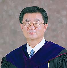 제3대 정성기 총장